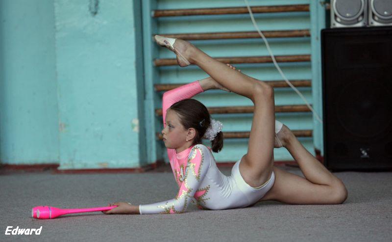 Жестокое порно с гимнастками